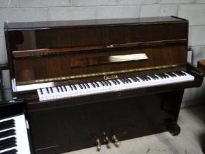 Calisia used upright piano
